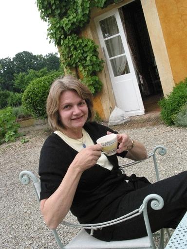 Sally Sutton - Biography