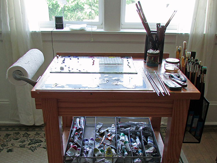 My Tricked out Taboret   Third Day Studios